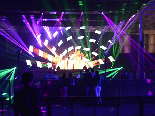 Live Stage Show, Live Concert Sound, Live Concert Video, Concert Lighting Abu Dhabi